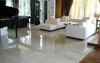 Marmor fliesen elegante und nat rliche marmor fliesen for Fliesen bilder wohnzimmer
